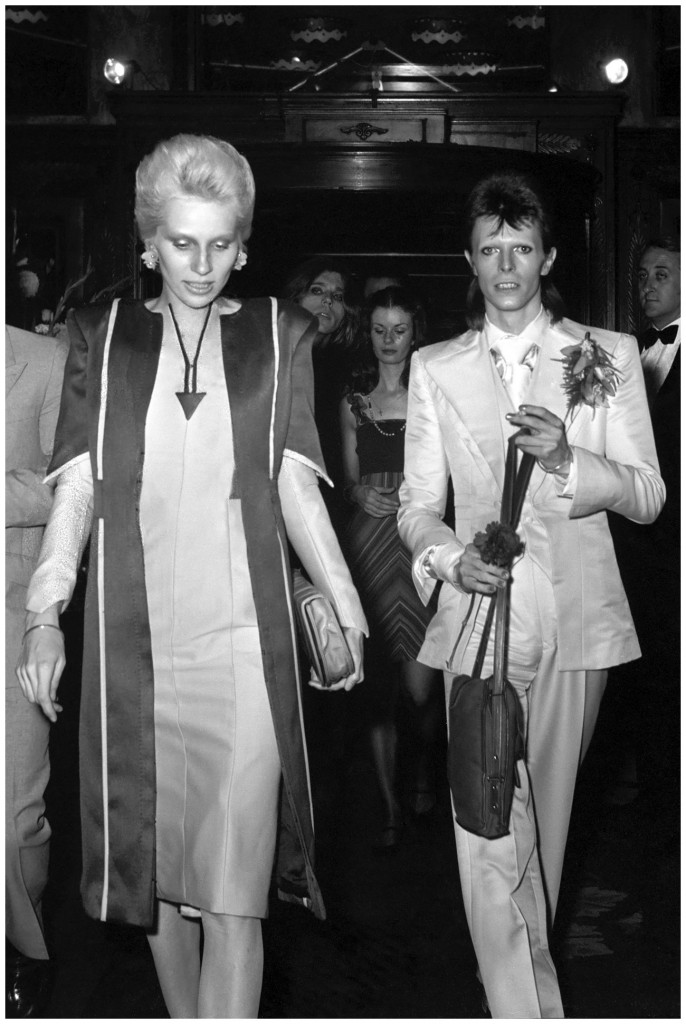 with-his-then-wife-model-actress-and-musician-angie-bowie-1977